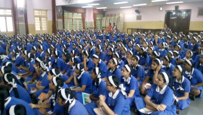 gloria convent high school
